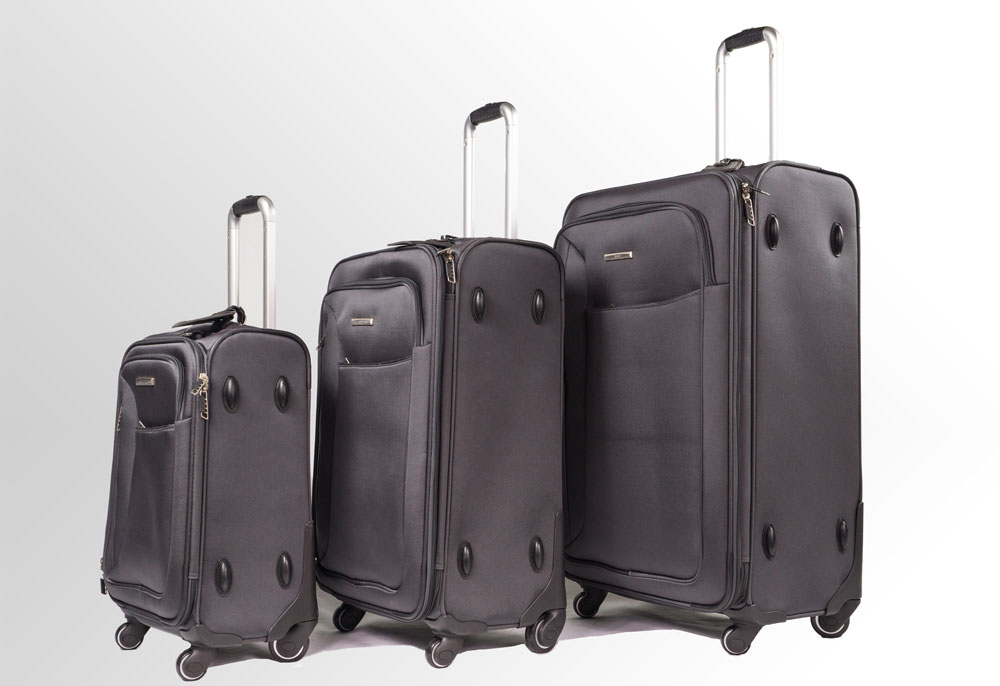 Vous pouvez choisir une valise souple...