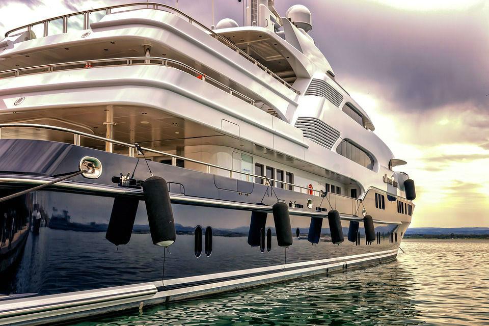 4 bonnes raisons de voyager sur un yacht